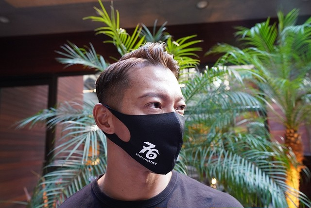 No,76 logo dry fit mask(BLACK)