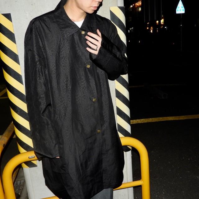black mode 90s coat