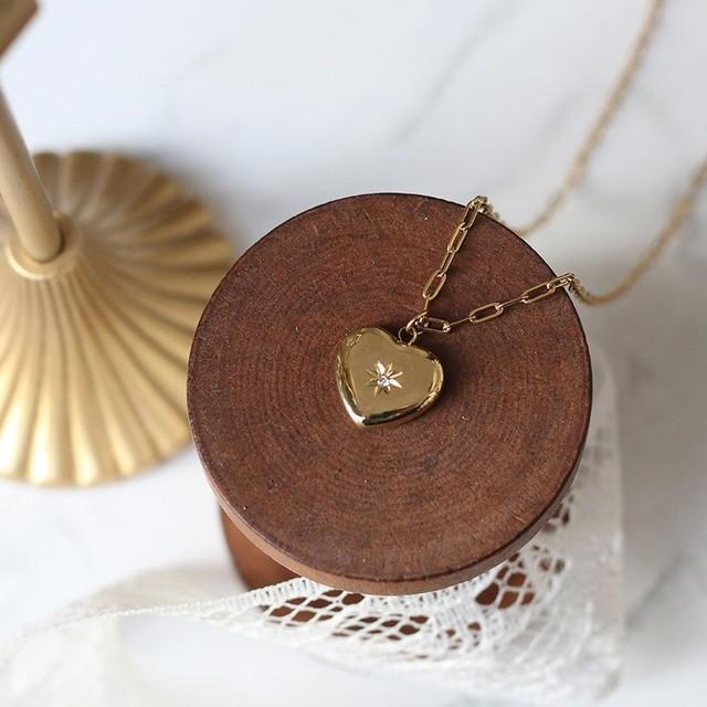ダイヤモチーフハート型のゴールドネックレス*min00042