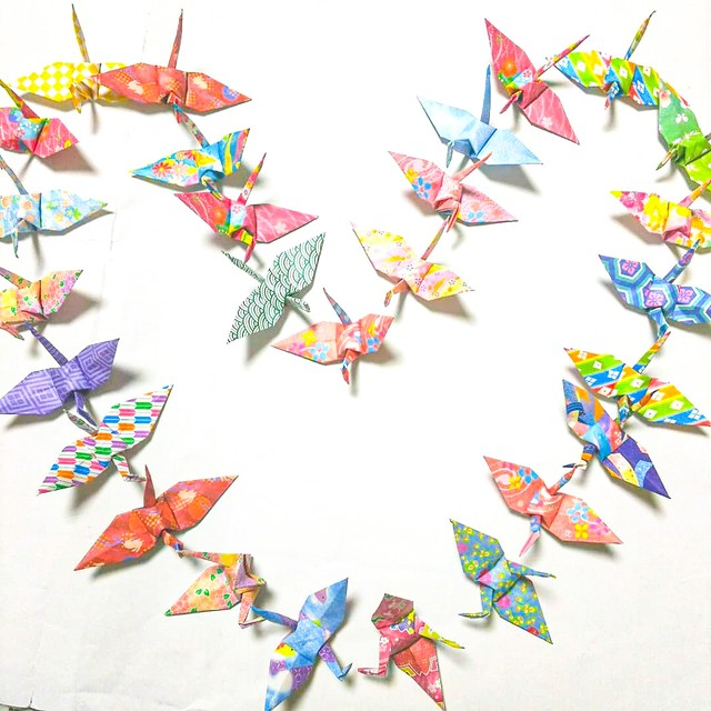 【特別記念価格】モダン和柄の折り鶴 (神前式、和装婚折り鶴シャワー演出・和風撮影小物) 180羽入り