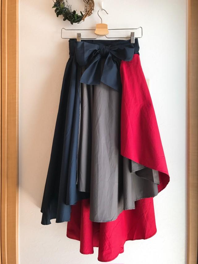 配色切り替えのフィッシュテールスカート レッド