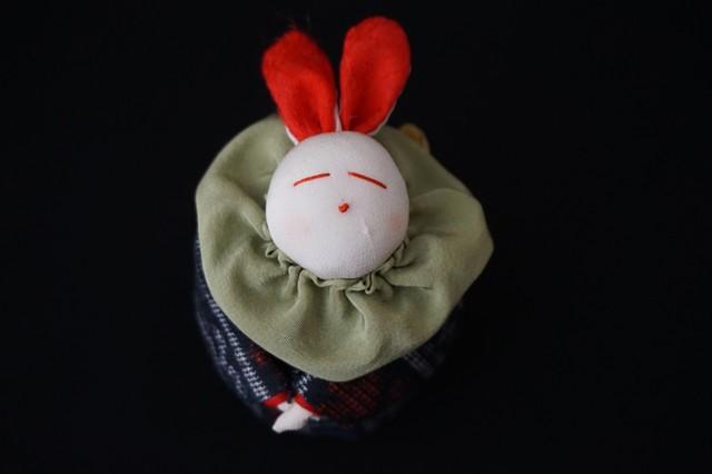 着物、和服の古布人形「着物を着たうさぎ」小 - メイン画像
