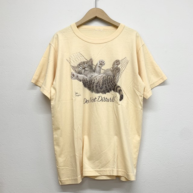 vintage sleeping cat tee -yellow-