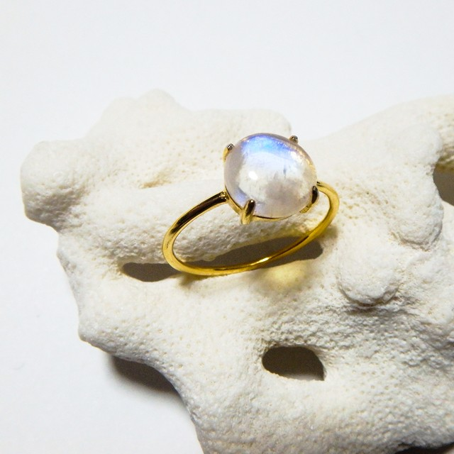 Rainbow Moon Stone Gold Ring