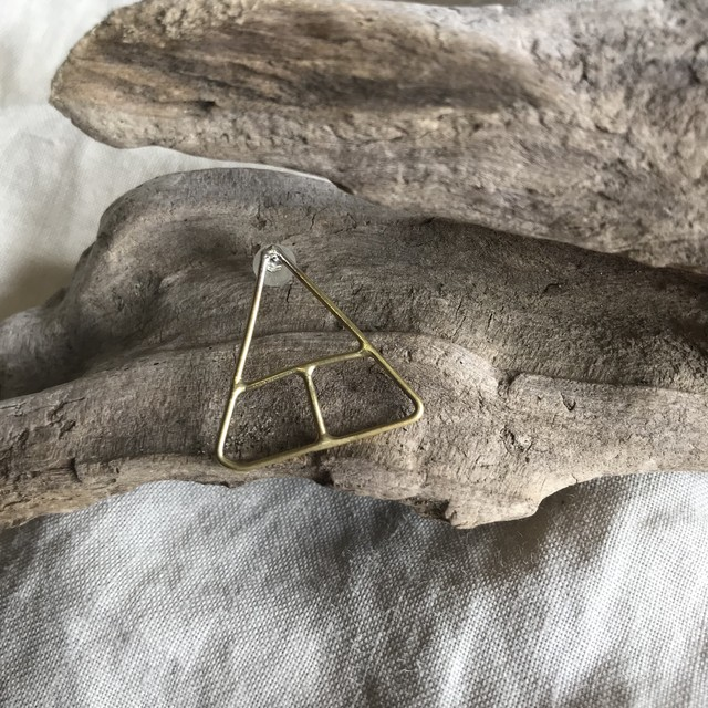 Creation Triangle Necklace -Brass-