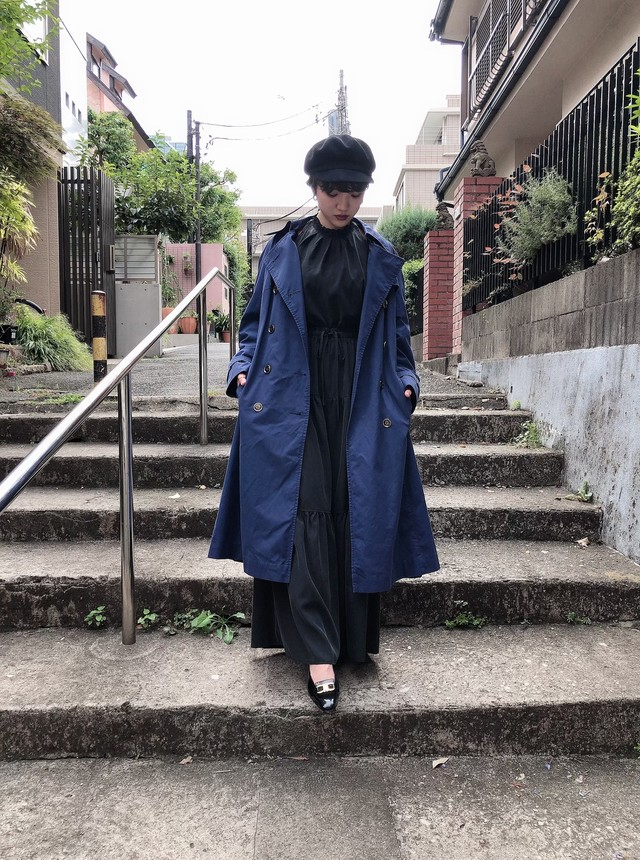 vintage trench coat (navy)