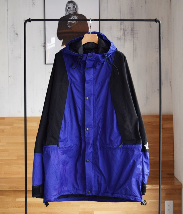 VINTAGE 90s THE NORTH FACE MOUNTAIN LIGHT JACKET