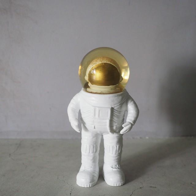宇宙飛行士のスノードーム