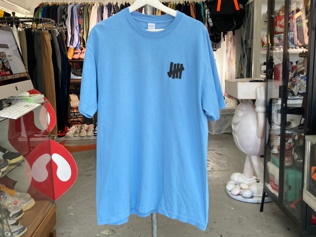 UNDEFEATED ICON S/S TEE LARGE BLUE 5KE5714