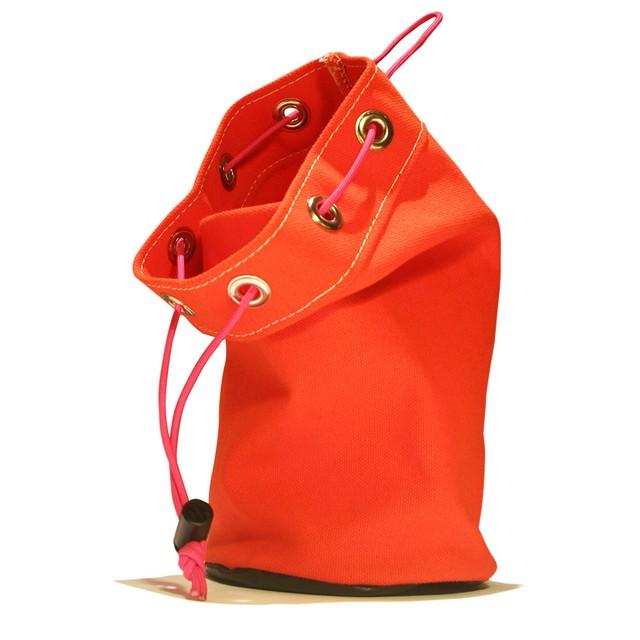 UC  サック                      赤橙色