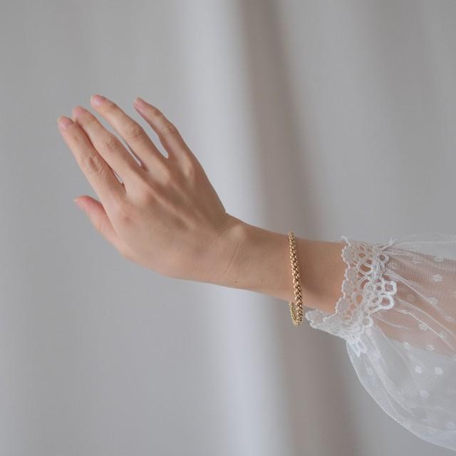 The Feminine Wrist ~ The  Bracelet Collection Edition 7~4