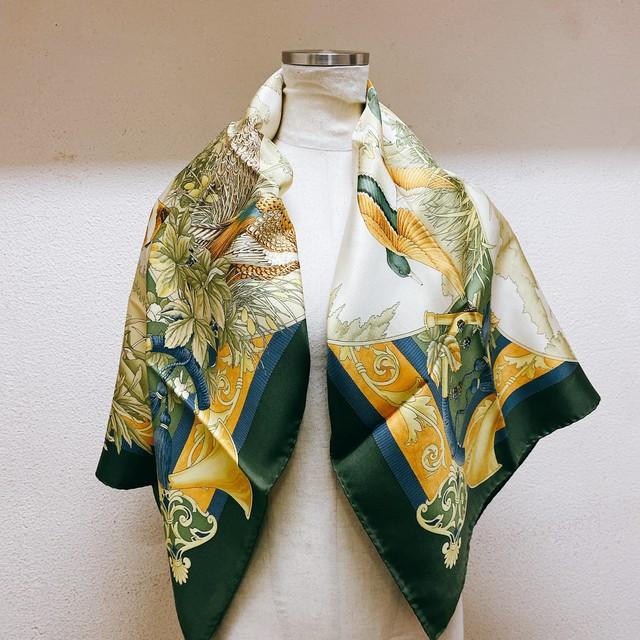 スカーフ フェラガモ BMAT Ninja