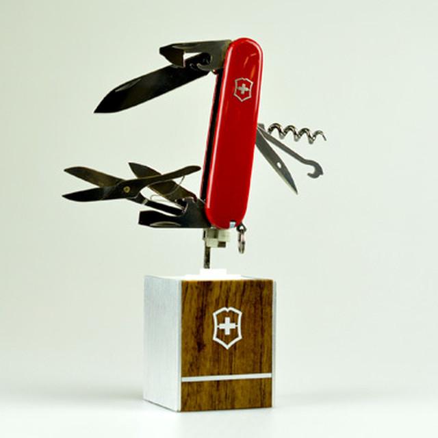 Victorinox ビクトリノックス トラベラー キャンプ用品 BBQ 登山 万能ナイフ ナイフ ツールナイフ 栓抜き つめ切り はさみ ミニサイズ 万能 ミニ victorinox-015