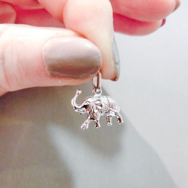 ゾウのペンダント ネックレス付き K18ホワイトゴールド