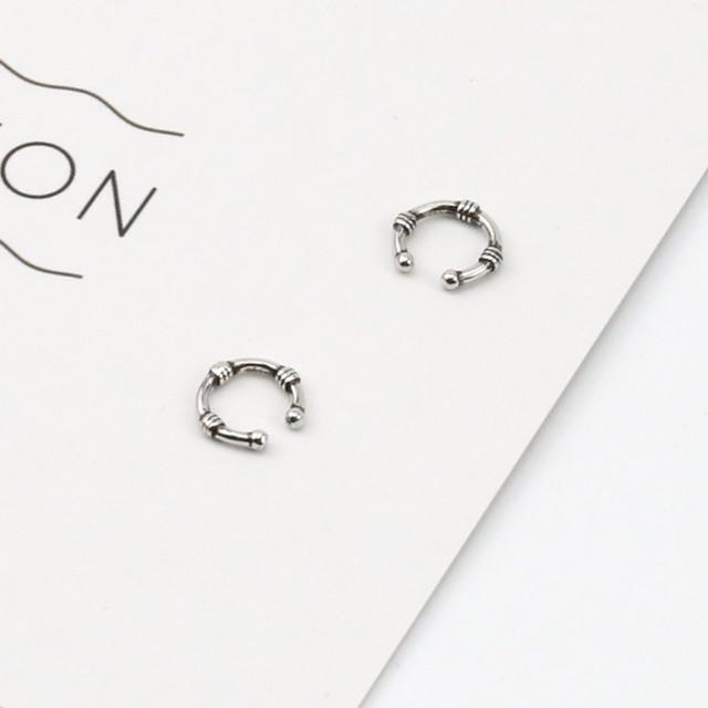 ロープ風デザイン!シンプルな細めイヤーカフ fp-ec-075