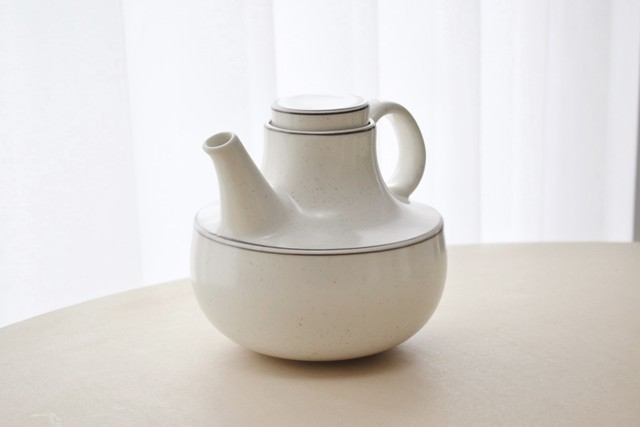 arabia Birka tea pot(Stig Lindberg)