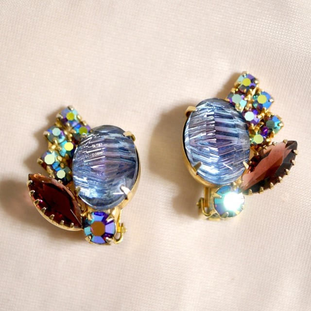Two-tone glass clip-on earrings