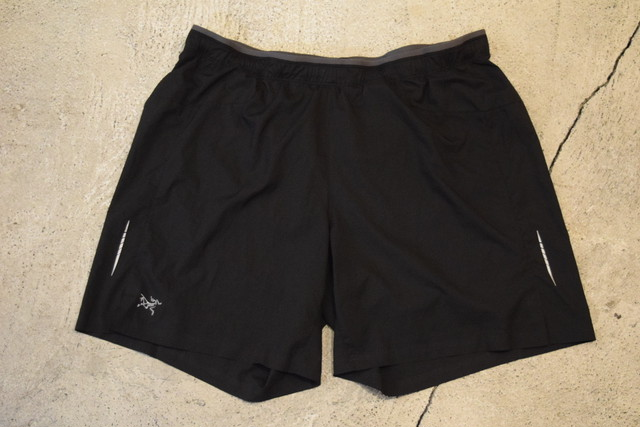USED ARC'TERYX Nylon shorts 90s P0250