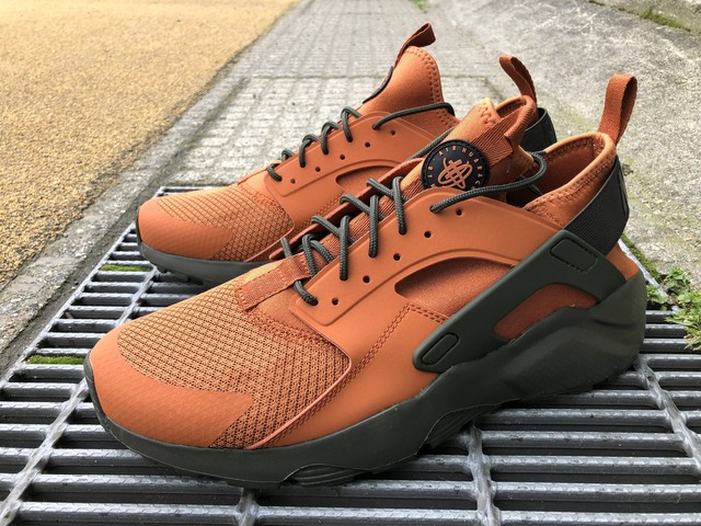 NIKE AIR HUARACHE RUN ULTRA (DARK RUSSET/BLACK-SEQUOIA)
