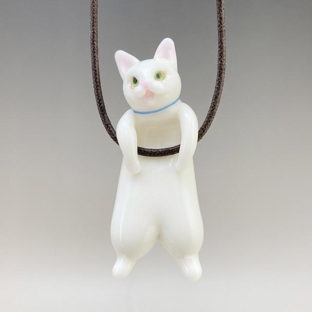 ぶらさがりねこプレミアム  白猫