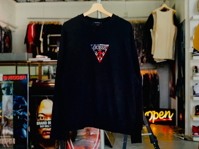 GUESS × atmos USA COLLECTION CREWNECK BLACK MEDIUM 30 7700