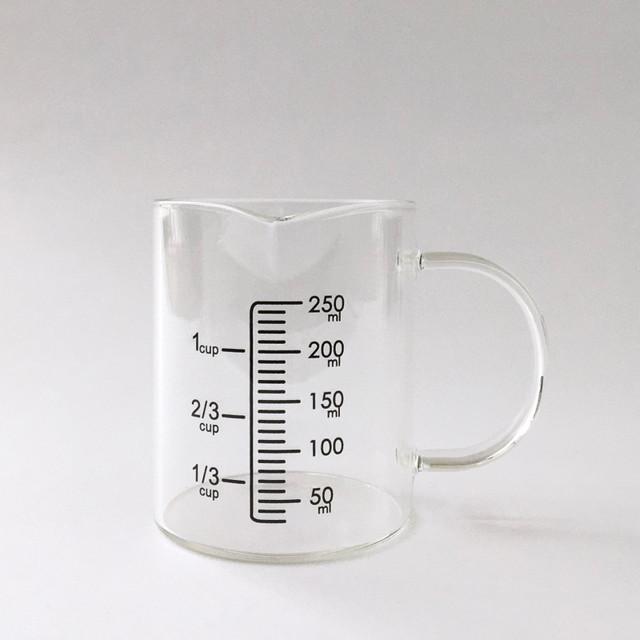 ガラスの計量カップ|Glass Measuring Cup