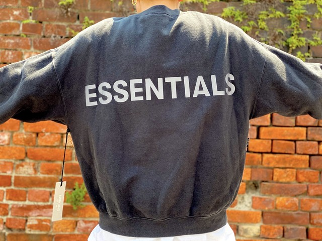 ESSENTIALS REFLECTIVE BACKLOGO SWEAT SMALL BLACK 85JE6094