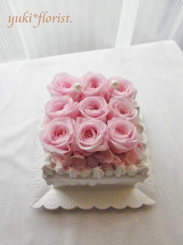 バラのフラワーケーキ