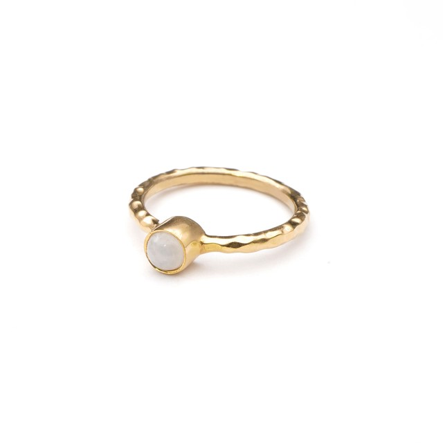 SINGLE PETIT STONE NON-ADJUSTABLE RING 078