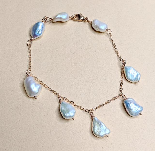 Baroque pearl bracelet | MIHO meets RUKUS