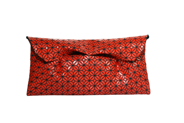 FUKUSA CLUTCH/Shu RED