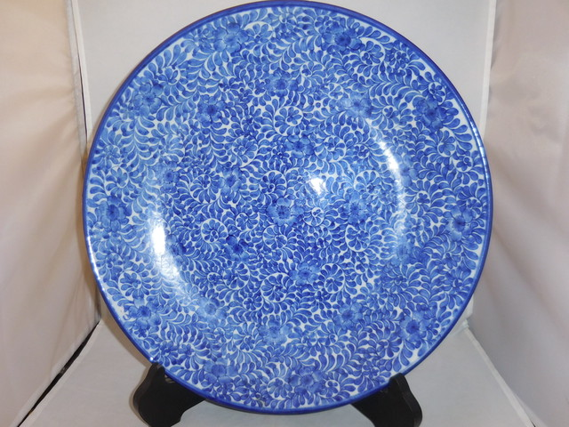 伊万里染付唐草大皿 Imari porcelain plate(arabesque)