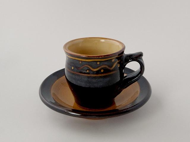 コーヒー碗皿 黒 スリップ 【湯町窯】
