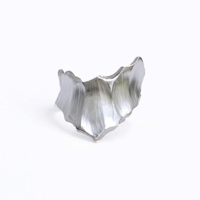 conoa (コノア) 氷山の指飾り silver