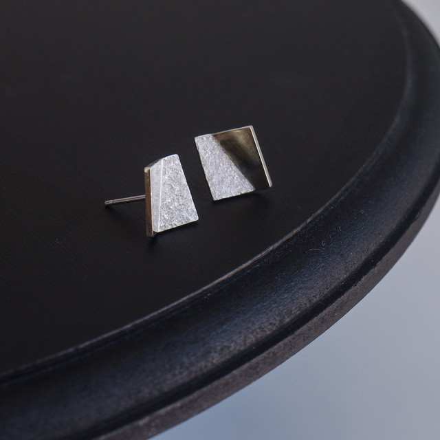 square pierce / m
