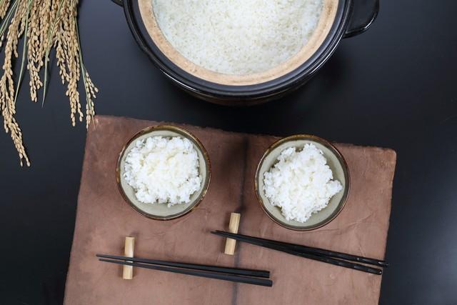 新米 コシヒカリ(無農薬・無化学肥料)1kg 「里の粒々」送料別