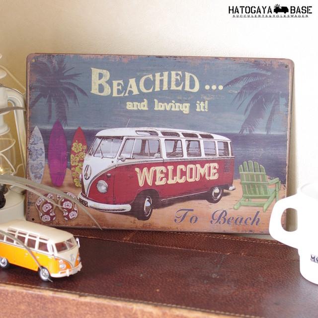 ワーゲンバスアートプレート Beached and loving [SBVWT219]