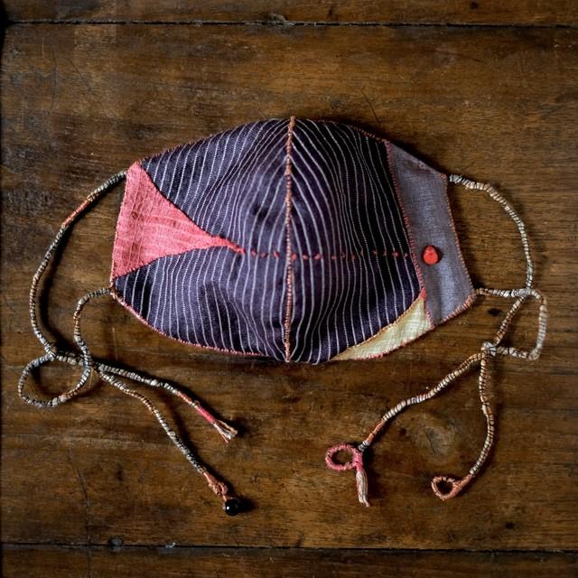 anima mask #54「gift 命のたまもの5」草木染め絹と炭染有機木綿