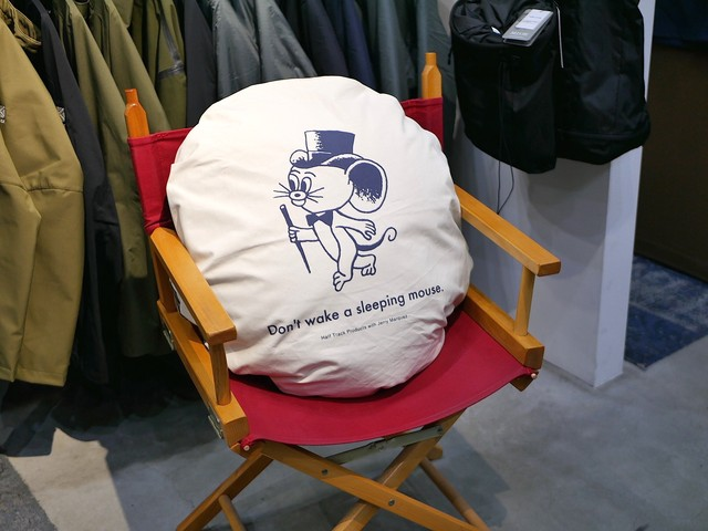 HALFTRACK PRODUCTS / NONSLEEP CUSHION(J.M.ver)