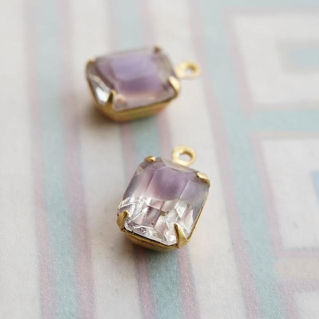 ヴィンテージ givre紫とクリアのラインストーン(オクタゴン・パープル)