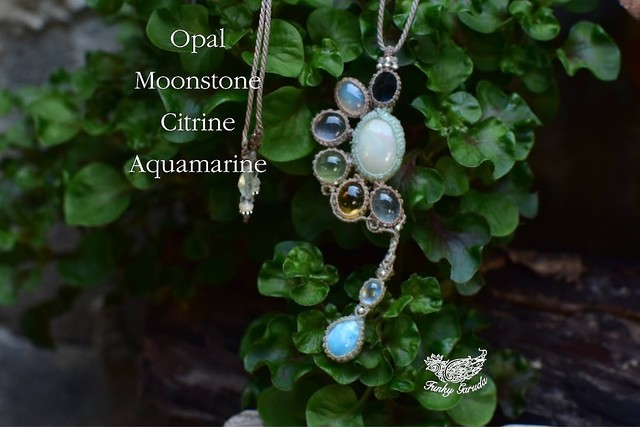 トパーズとオパール天然石のしずく★マクラメペンダント opal003
