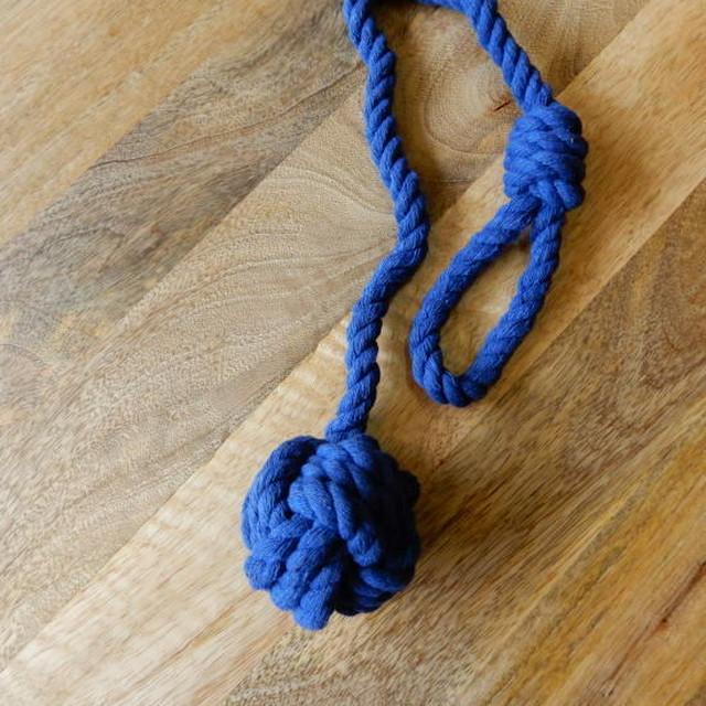 シングルコットンボール カーテンタイバック ブルー