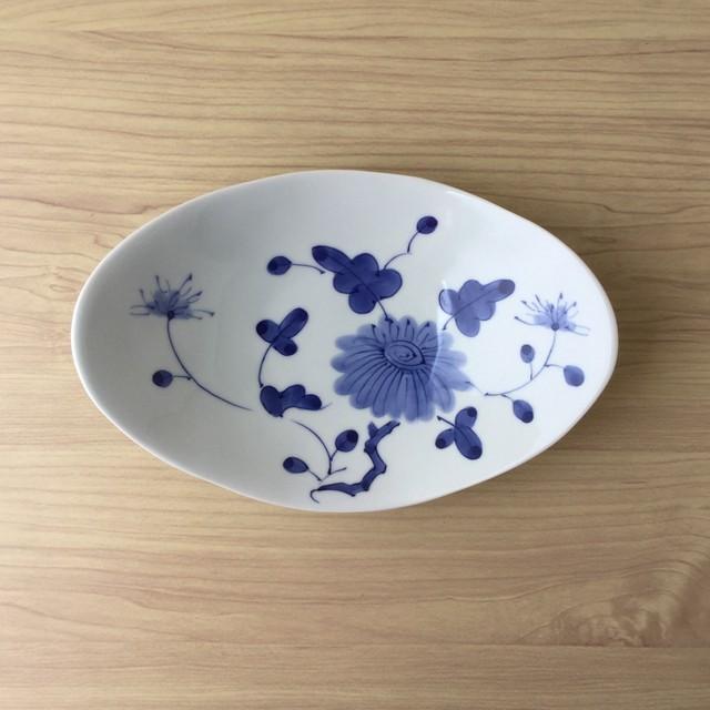 【有田焼】染付牡丹華 楕円深鉢皿【在庫限り】