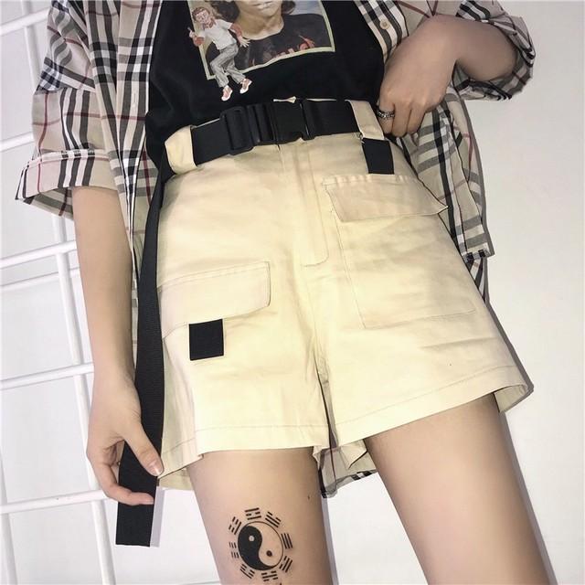 【ボトムス】カジュアルハイウエストベルト付きショートパンツ19491004