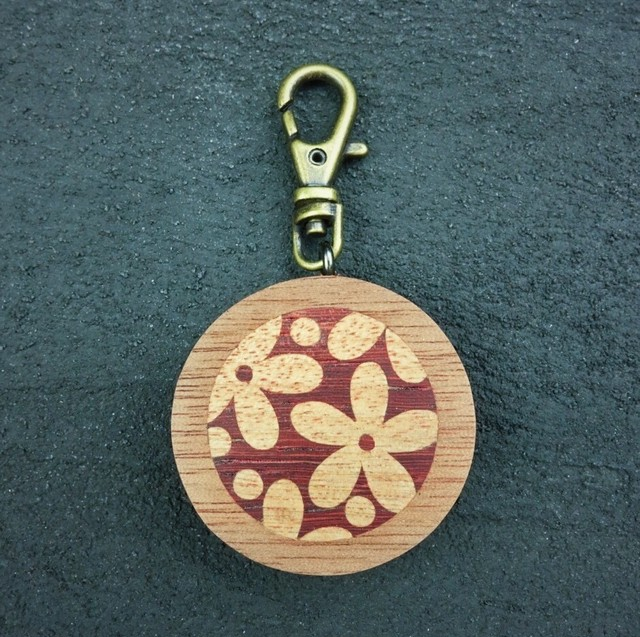 wooden inlaid charm IH-014-EB