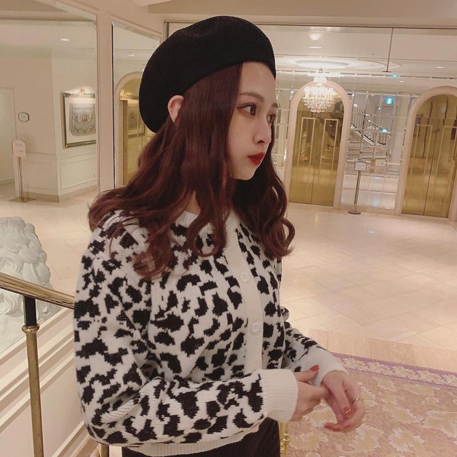 11/20 NEW dalmatian knit cardigan