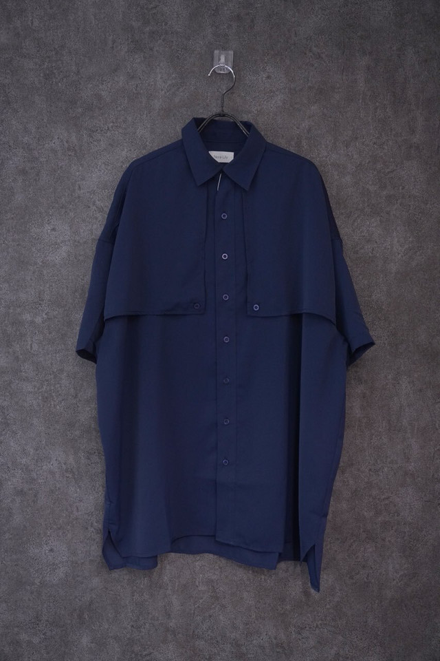 Nora Lily Flap S/S Shirt -NVY-
