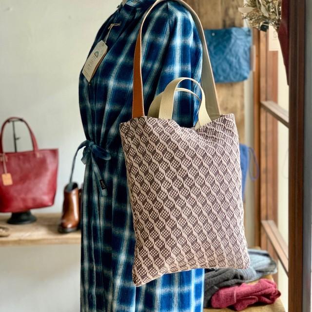手織のワンショルダーバッグ