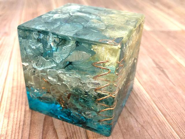 フルール・ド・リス型 ヒマラヤ水晶オルゴナイト