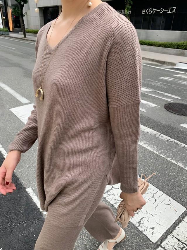 vneck knit tops (setup) / beige (即納)